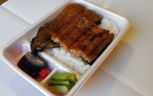うな丼弁当 (2)